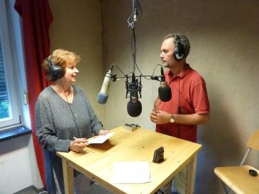 Radio Attac: Almut Hielscher, Henning Hintze.